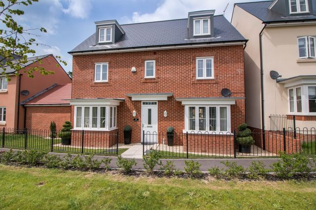 Thumbnail Terraced house for sale in Raleigh Road, Yeovil