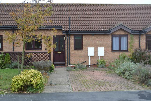 Thumbnail Semi-detached bungalow to rent in Osborn Way, Heckington, Sleaford