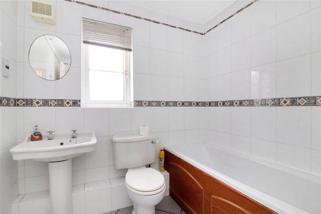 Family Bathroom of Royce Grove, Leavesden, Watford WD25