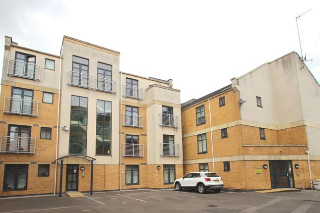 Thumbnail Flat for sale in Wright Street, Hull