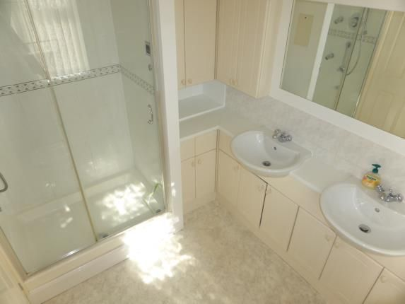 Ensuite of The Drive, Rayleigh, Essex SS6