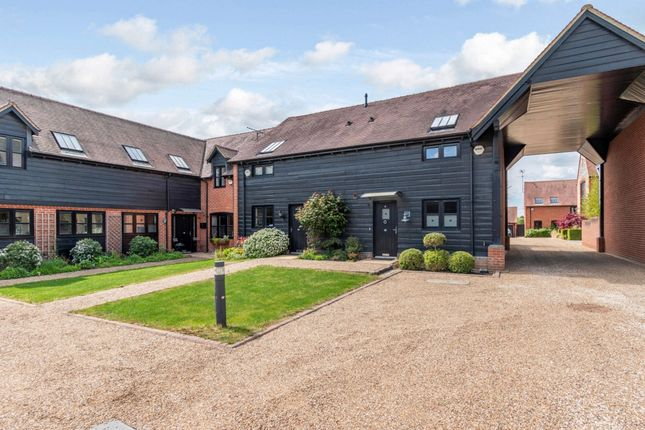 2 bed end terrace house to rent in Darvells Yard, Chorleywood, Rickmansworth WD3