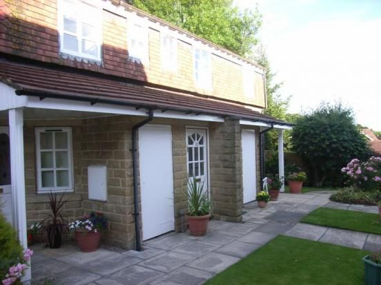 Thumbnail Flat to rent in Byron Mews, The Green, Bingley, West Yorkshire