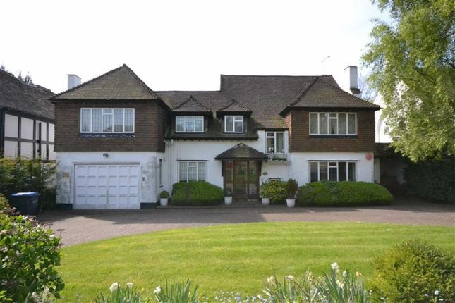 Thumbnail Detached house to rent in Beech Hill Avenue, Hadley Wood