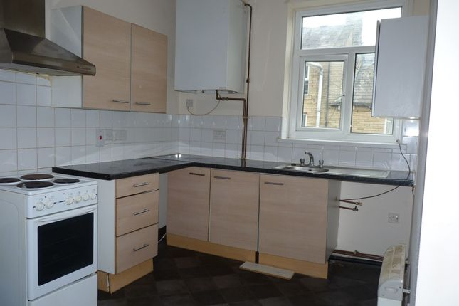 Thumbnail Duplex to rent in Scott Street (Flat), Keighley