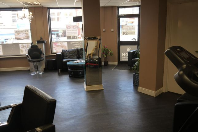 Retail premises for sale in Beauty, Therapy & Tanning LS8, West Yorkshire