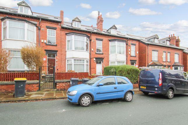 Thumbnail Flat to rent in Headingley Avenue, Headingley, Leeds
