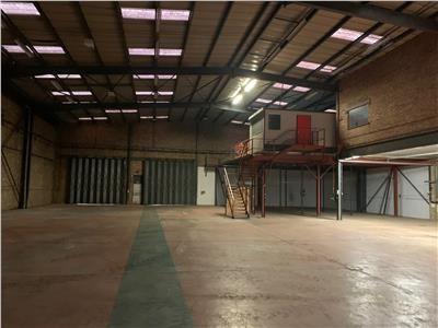 Photo 1 of Unit 3B, Woodside Trading Estate, Low Lane, Leeds, West Yorkshire LS18