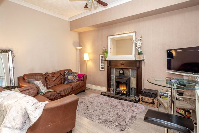 Thumbnail Terraced house for sale in Bootham Crescent, York
