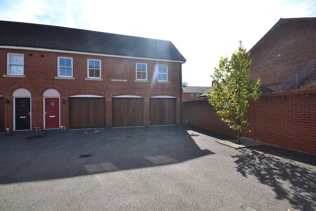 Thumbnail Maisonette to rent in Garland Road, Colchester