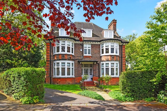 Thumbnail Detached house for sale in Ronmey Close, Hampstead Garden Suburb, London