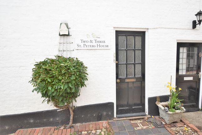 Flat to rent in Bank Street, Bishops Waltham, Southampton