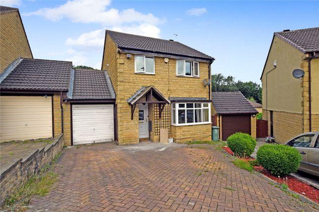 3 bed detached house to rent in Woodside Gardens, Churwell, Morley, Leeds LS27