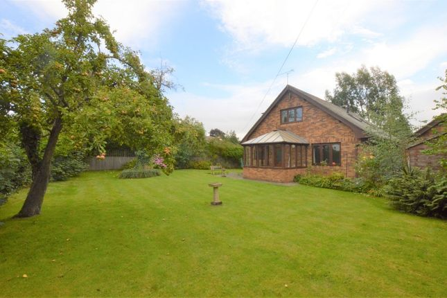 Thumbnail Detached house for sale in Upton Park, Upton, Chester