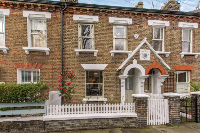 Thumbnail Property to rent in Elsley Road, Shaftesbury Estate