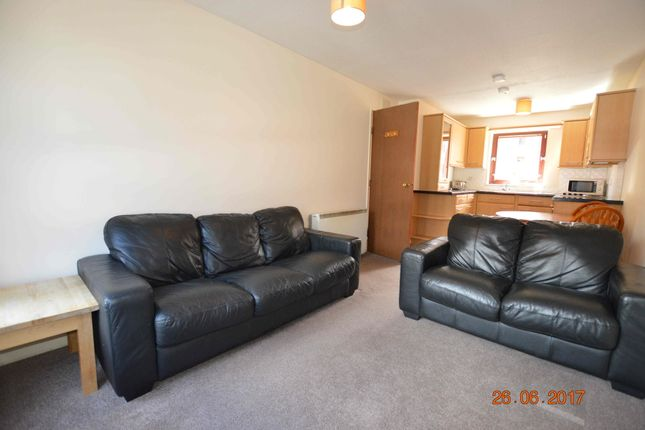 Thumbnail Flat to rent in Albion Gate, Merchant City, Glasgow