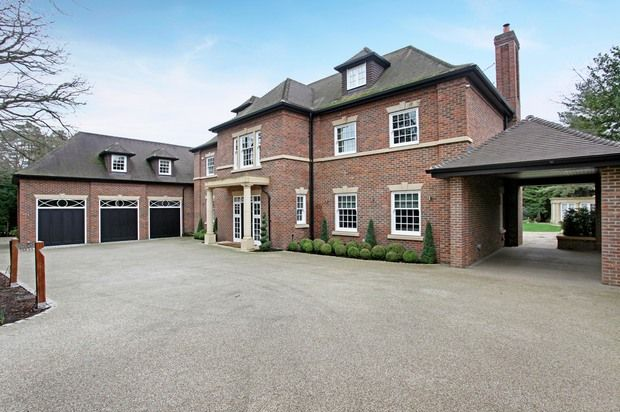 Thumbnail Detached house for sale in Gorse Hill Road, Virginia Water