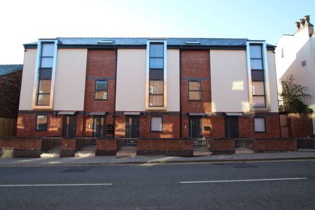 1 bed flat to rent in High Street, Prescot L34
