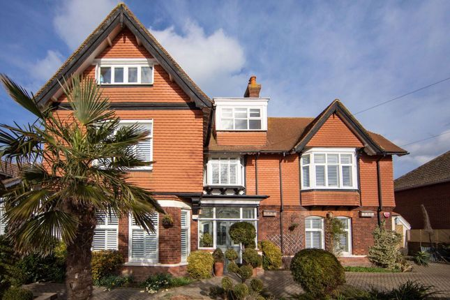 Thumbnail Property to rent in Salisbury Road, Walmer, Deal