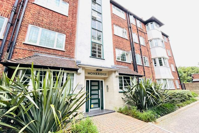 Thumbnail Flat to rent in Monkridge, Crouch End Hill, London
