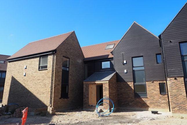 Flat for sale in Brooke Avenue, Garlinge, Margate, Kent