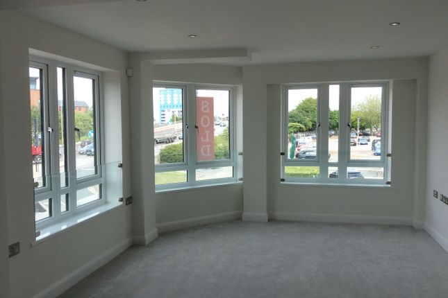 3 bed flat to rent in Queen Street, Hull HU1