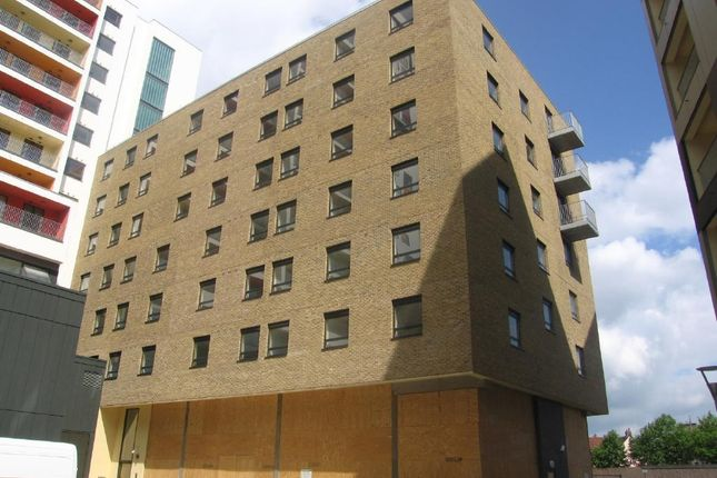 Thumbnail Flat to rent in Cranfield Mills, Ipswich, Suffolk