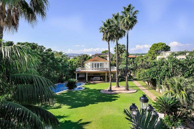 Thumbnail Villa for sale in Passeig Maritim, Terramar, Sitges, Barcelona, Catalonia, Spain