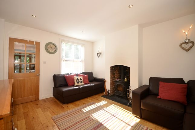 Thumbnail Cottage to rent in Weavering Street, Weavering, Maidstone