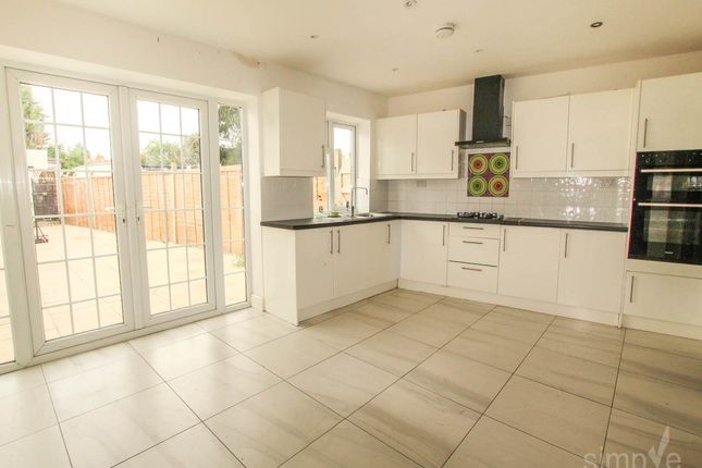 Thumbnail Property to rent in Waltham Avenue, Hayes, Middlesex