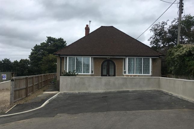 2 bed detached bungalow to rent in Cleddau Avenue, Haverfordwest SA61