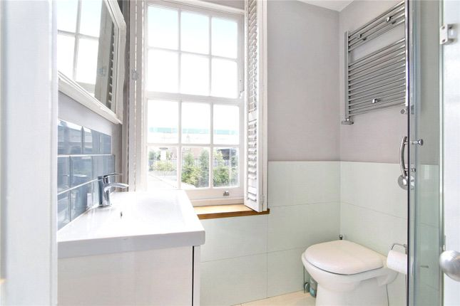 Bathroom of Ascalon Street, London SW8