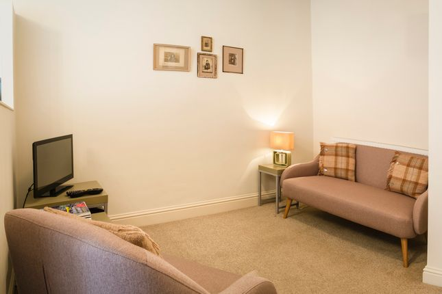 Thumbnail Flat to rent in Temple Park Crescent, Polwarth, Edinburgh