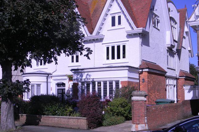 Thumbnail Flat to rent in Grimston Gardens, Folkestone