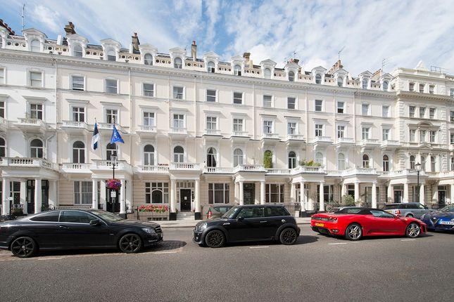 Photos of Queen's Gate Terrace, London SW7