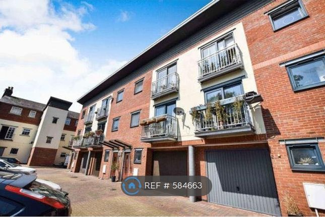 Thumbnail Flat to rent in Merchants Court, Bedford