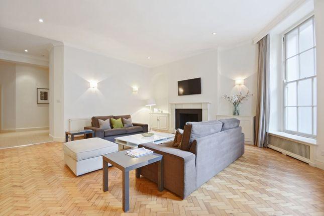 Flat to rent in Harley Street, Marylebone Village, London W1G.