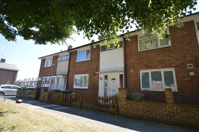 Thumbnail Property for sale in Boxgrove Road, London