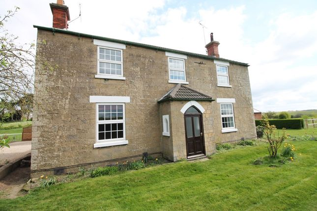 Thumbnail Farmhouse to rent in Blidworth Lane, Rainworth, Mansfield