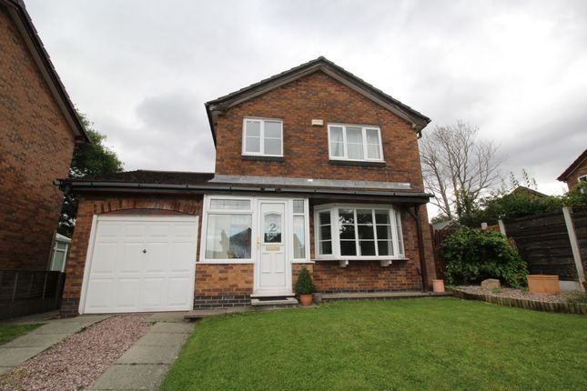 Thumbnail Detached house for sale in Lincoln Way, Glossop