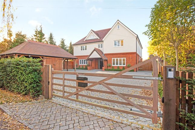 Thumbnail Detached house for sale in Berries Road, Cookham, Maidenhead, Berkshire