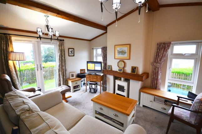 Lounge 1 of Shillingford Park, Carmarthen Road, Kilgetty SA68