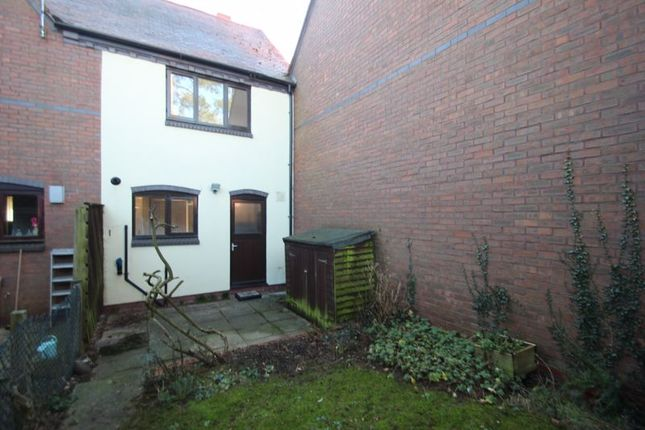 Rear View of Atcheson Close, Studley B80
