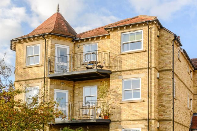 Thumbnail Flat for sale in Victoria Gate, 1A Victoria Road, Oxford