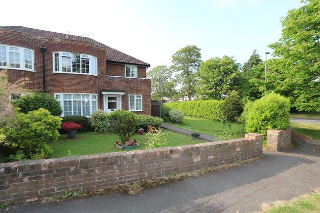 Thumbnail Flat to rent in Church Road, Long Ditton, Surbiton