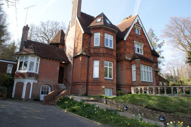 Thumbnail Flat to rent in The Mount, Witley