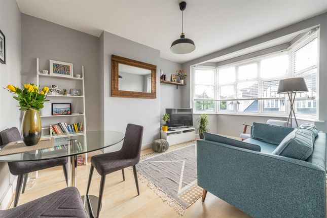 Thumbnail Flat for sale in Woodford New Road, London