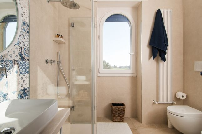 Bathroom of Casa Alma, Fasano, Puglia, Italy