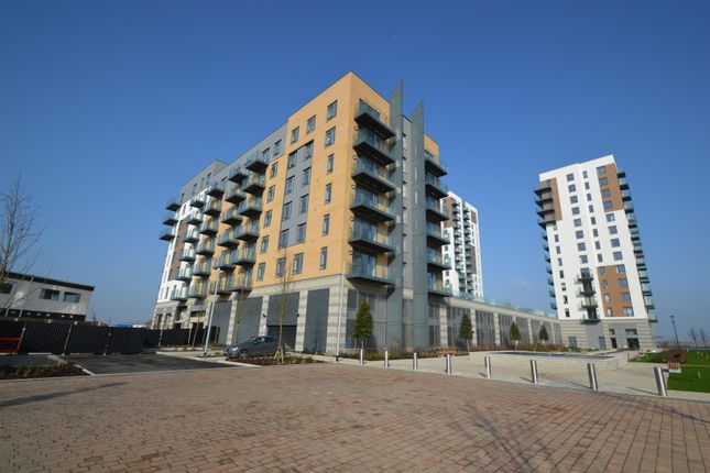 Thumbnail Flat for sale in Pearl Lane, Gillingham