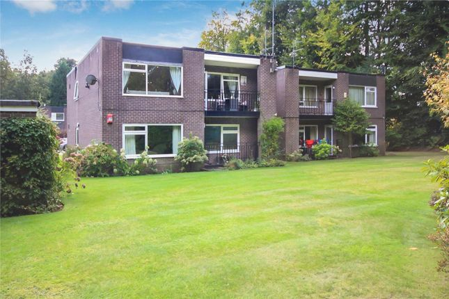 3 bed flat for sale in Bradgate Road, Altrincham WA14